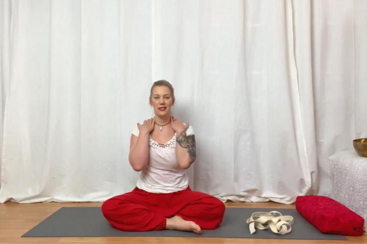 Yoga für Nacken und Schultern mit Christine Raab
