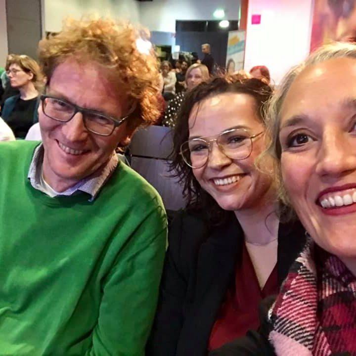 Ordensklinikum Linz Alumni Club Krebsakademie Ordensklinikum Linz InfluCancer Vom Umgang Mit Krebs In Der Welt Von Instagram Snapchat Und Facebook Auditorium