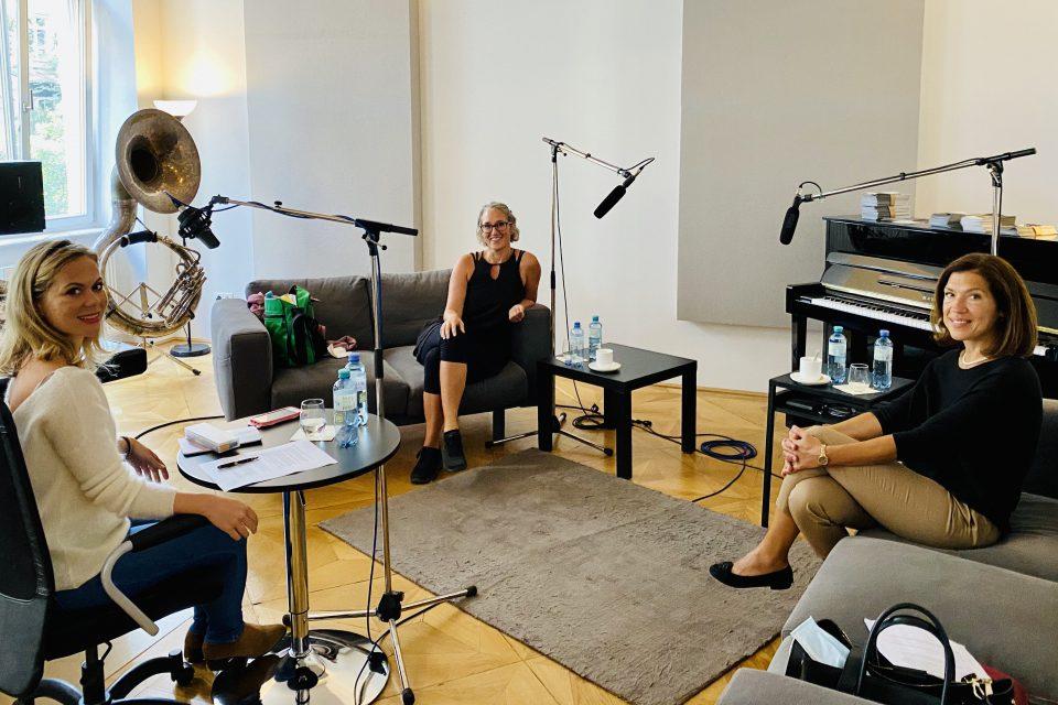 Oktober Martina Hagspiel Und Dr Marija Balic Im ABCSG Podcast Interview Medizin Im Kontext Scaled Aspect Ratio