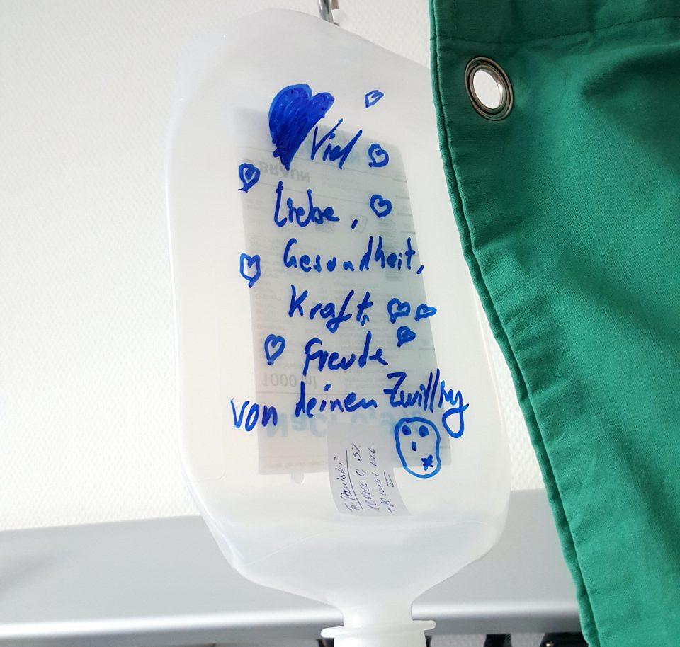 Constanze Frick Chemotherapie Infusionsflasche Spital Wuensche Botschaft Constanze Frick _
